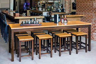 COMMUNITY TABLE & BARSTOOLS
